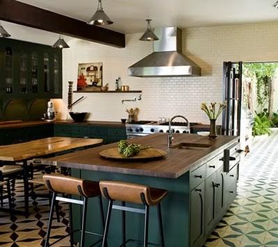 Kök köksö barbord : kitchen. – Michaela Forni