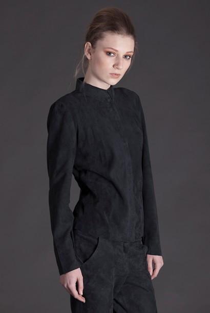 Fick hem min skjorta i mocka från Stylein i fredags… helvvv!!! vad fin den  är. Sjukt att man kan falla så för ett plagg. Premiären får bli till helgen. 406bbf31681cc