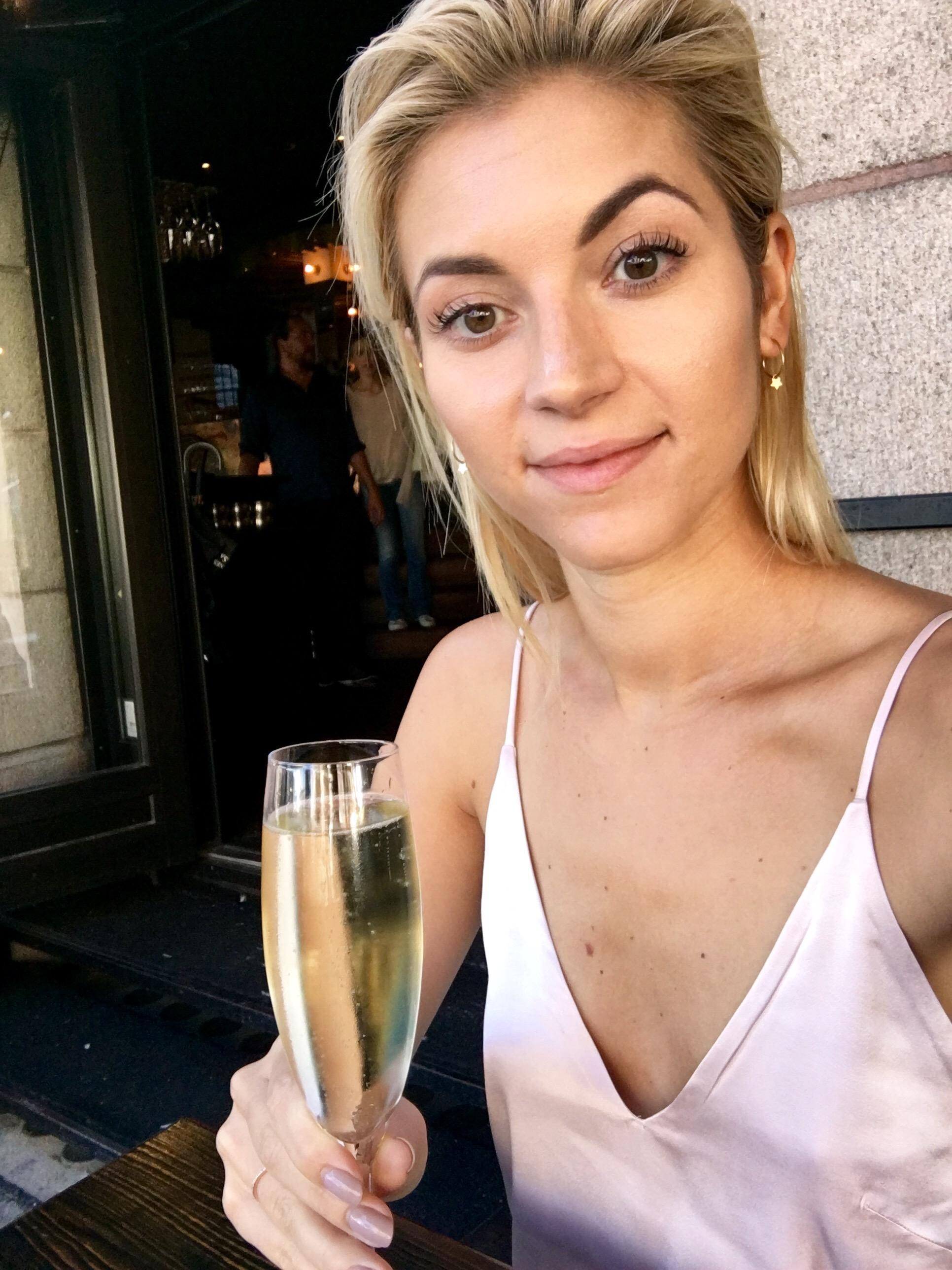 Ljuvliga presenter Michaela Forni
