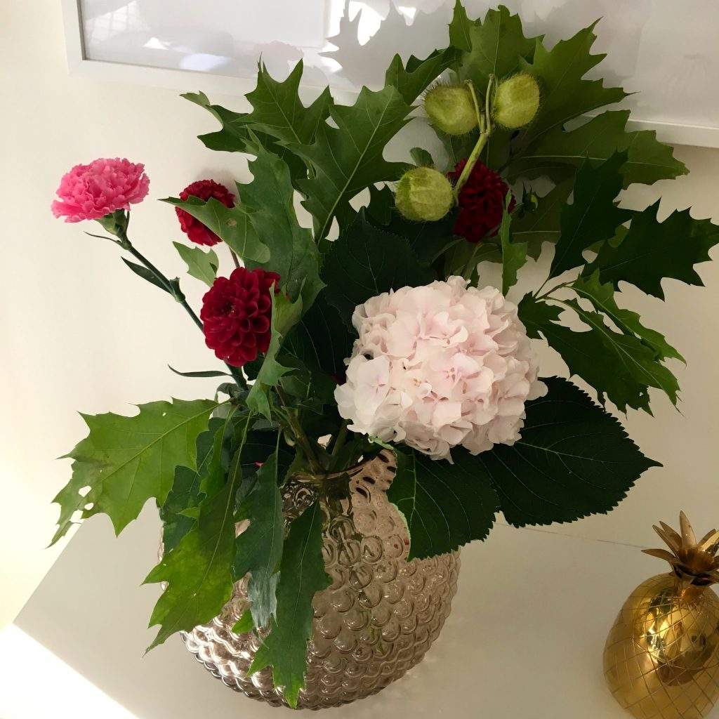 michaela forni daggvasen flowery