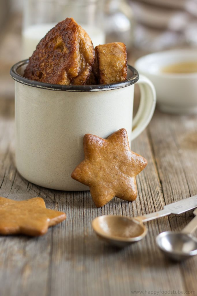 gingerbread-french-toast-with-cinnamon-honey-sauce-2