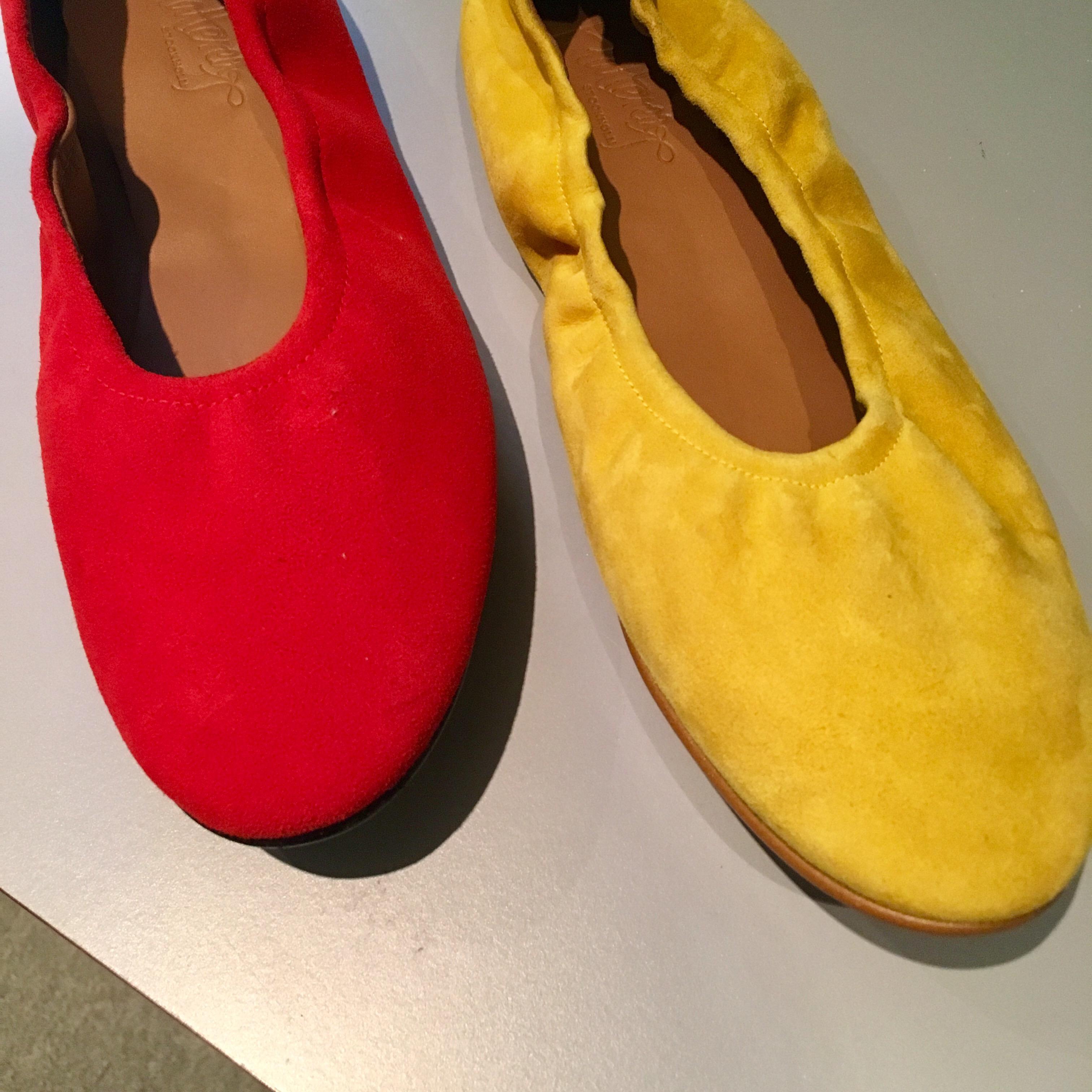 Vilken färg röd eller gul? Michaela Forni